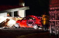 Auckland-Car crashes into Pakuranga Vegetable shop