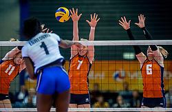 06-04-2017 NED:  CEV U18 Europees Kampioenschap vrouwen dag 5, Arnhem<br /> Nederland verliest met 3-1 van Italie en speelt voor de plaatsen 5-8 / Lisa Nobel #11, Demi Korevaar #7, Hester Jasper #6