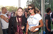 Louise Wilson and Tracey Emin, Cindy Sherman exhibition opening at  the Serpentine gallery. 2 June 2003. © Copyright Photograph by Dafydd Jones 66 Stockwell Park Rd. London SW9 0DA Tel 020 7733 0108 www.dafjones.com