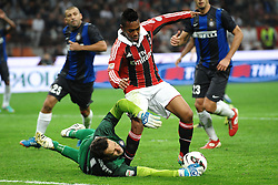 07.10.2012, Giuseppe Meazza Stadion, Mailand, ITA, Serie A, AC Mailand vs Inter Mailand, 7. Runde, im Bild 07.10.2012, Giuseppe Meazza Stadion, Mailand, ITA, Serie A, AC Mailand vs Inter Mailand, 7. Runde, im Bild Samir Handanovic Inter, Robinho Milan // during the Italian Serie A 7th round match between AC Milan and Inter Milan at the Giuseppe Meazza Stadium, Milan, Italy on 2012/10/07. EXPA Pictures © 2012, PhotoCredit: EXPA/ Insidefoto/ Andrea Staccioli..***** ATTENTION - for AUT, SLO, CRO, SRB, SUI and SWE only *****