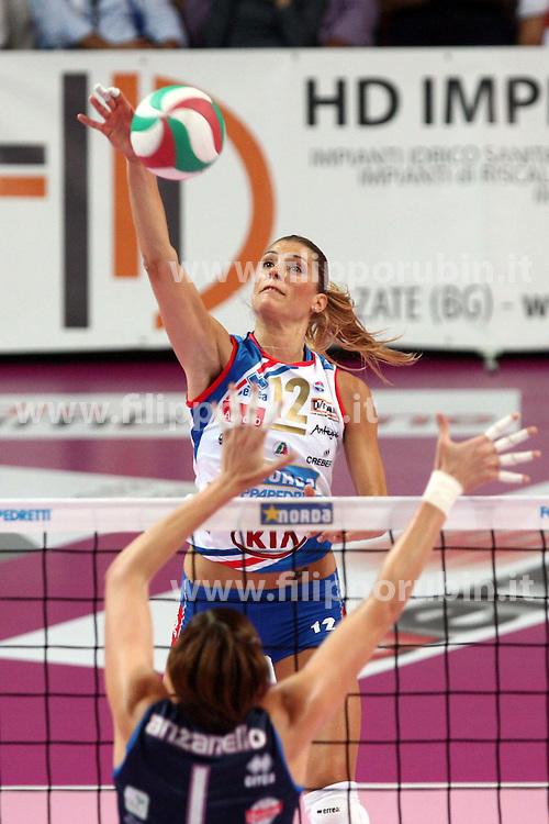 NORDA FOPPAPEDRETTI BERGAMO - MC-CARNAGHI VILLA CORTESE.FINALE SCUDETTO GARA 3.CAMPIONATO ITALIANO VOLLEY SERIE A1-F 2010-2011.BERGAMO 02-06-2011.FOTO FILIPPO RUBIN / LVF. FRANCESCA PICCININI