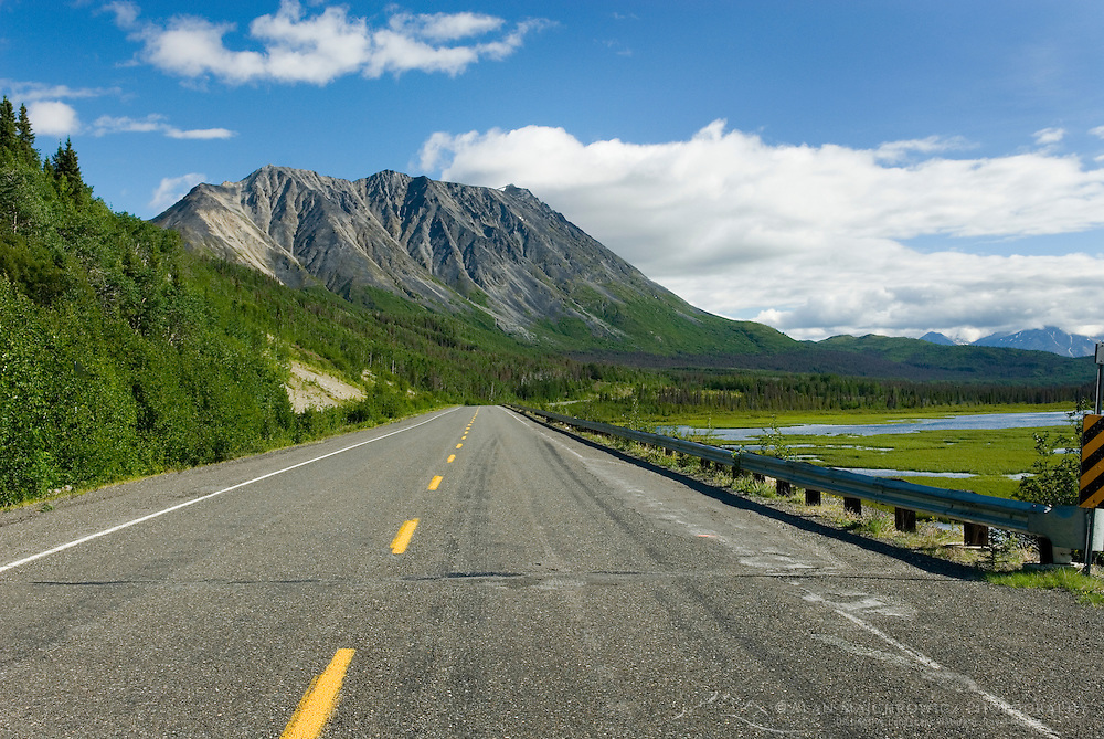 Haines Highway Kluane National Park Yukon Canada