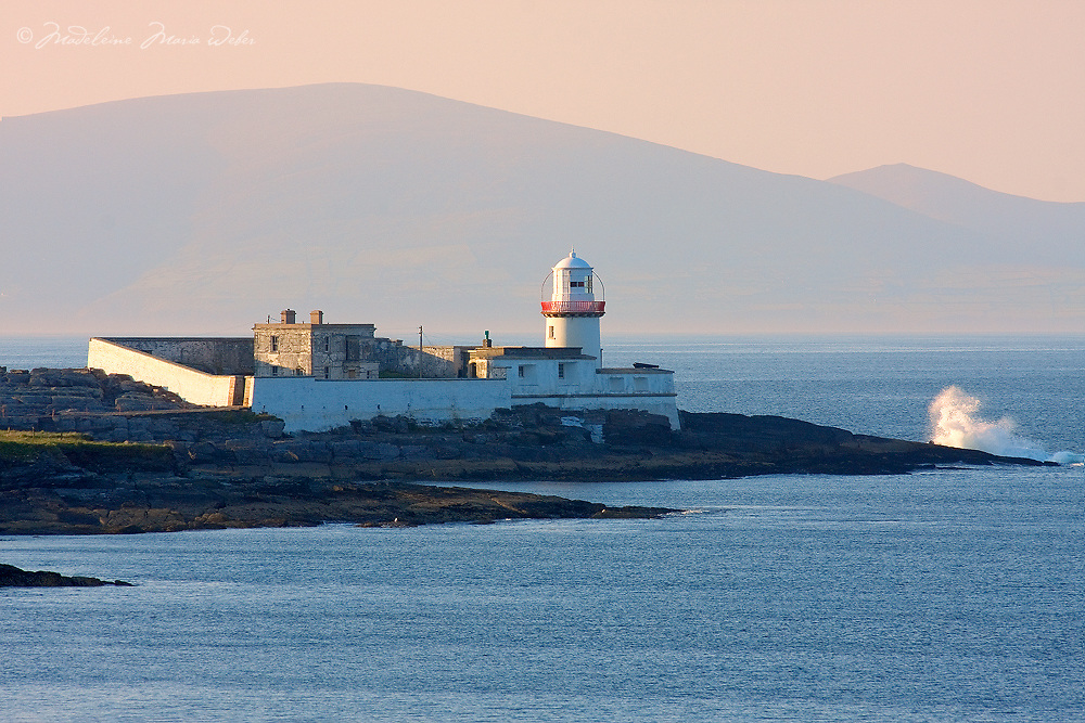 Valentia Island Lighthouse, County Kerry, Ireland / vl112