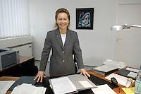12 DEC 2005, BERLIN/GERMANY:<br /> Ursula von der Leyen, CDU, Bundesfamilienministerin, an ihrem Schreibtisch, in ihrem Buero, Bundesministerium fuer Familie, Senioren, Frauen, und Jugend<br /> Ursula von der Leyen, Federal Minister for family, Seniors, Women and Youth, in her office<br /> IMAGE: 20051212-01-023<br /> KEYWORDS: Büro