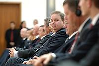 18 APR 2005, BERLIN/GERMANY:<br /> Utz Claassen, Vorstandsvorsitzender EnBW, 5. Innovationsgipfel der Partner fuer Innovation, Hauptstadtrepraesentanz Deutsche Telekom AG<br /> IMAGE: 20050418-02-010