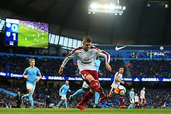 Johann Gudmundsson of Burnley crosses - Mandatory by-line: Matt McNulty/JMP - 06/01/2018 - FOOTBALL - Etihad Stadium - Manchester, England - Manchester City v Burnley - Emirates FA Cup Third Round