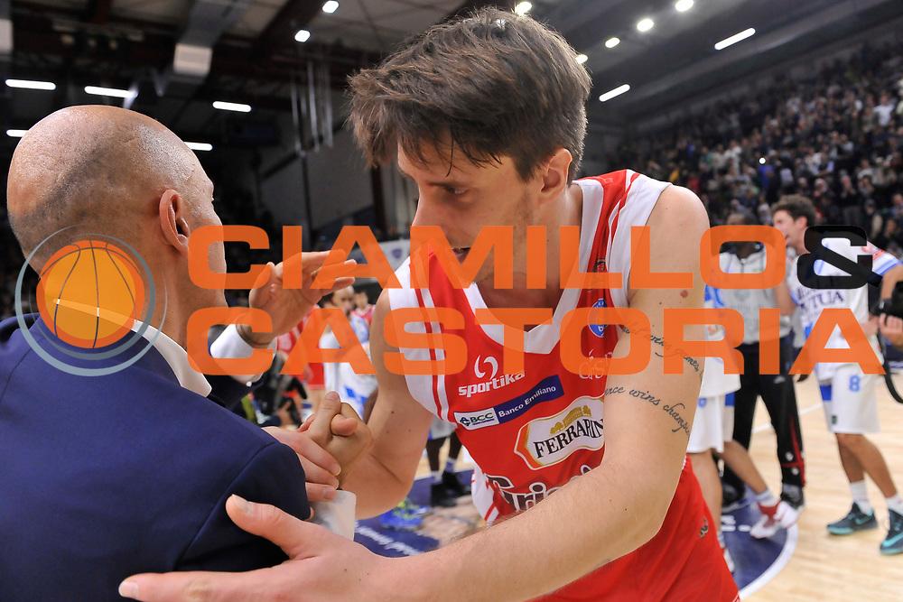 DESCRIZIONE : Campionato 2014/15 Dinamo Banco di Sardegna Sassari - Grissin Bon Reggio Emilia<br /> GIOCATORE : Stefano Sardara Achille Polonara<br /> CATEGORIA : Fair Play<br /> SQUADRA : Grissin Bon Reggio Emilia<br /> EVENTO : LegaBasket Serie A Beko 2014/2015<br /> GARA : Dinamo Banco di Sardegna Sassari - Grissin Bon Reggio Emilia<br /> DATA : 22/12/2014<br /> SPORT : Pallacanestro <br /> AUTORE : Agenzia Ciamillo-Castoria / Luigi Canu<br /> Galleria : LegaBasket Serie A Beko 2014/2015<br /> Fotonotizia : Campionato 2014/15 Dinamo Banco di Sardegna Sassari - Grissin Bon Reggio Emilia<br /> Predefinita :
