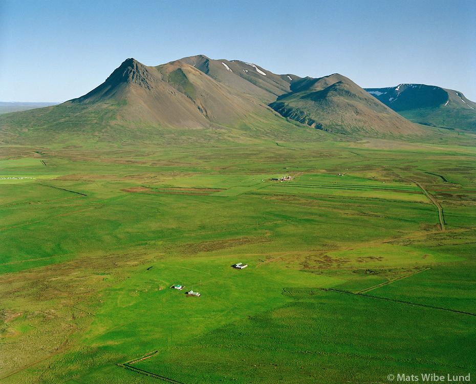 Refsteinsstaðir séð til suðurs, Húnaþing vestra áður Þorkelshólshreppur / Refsteinsstadir viewing south, Hunathing vestra former Thorkelsholshreppur.