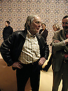 Colin Pillinger, ( Beagle space project) In-A Gadda-Da-Vidda, Tate Gallery. 2 March 2004. ONE TIME USE ONLY - DO NOT ARCHIVE  © Copyright Photograph by Dafydd Jones 66 Stockwell Park Rd. London SW9 0DA Tel 020 7733 0108 www.dafjones.com