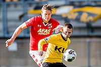 KERKRADE - 20-11-2016, Roda JC - AZ, Park Stad Limburg Stadion, 1-1, AZ speler Wout Weghorst, Roda JC speler Martin Milec