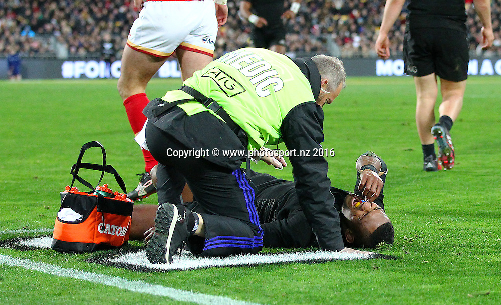 All Blacks' Waisake Naholo is injured. All Blacks v Wales, second Steinlager Series rugby union test match at Westpac Stadium, Wellington, New Zealand. 18 June 2016. © Copyright Photo: Grant Down / www.photosport.nz