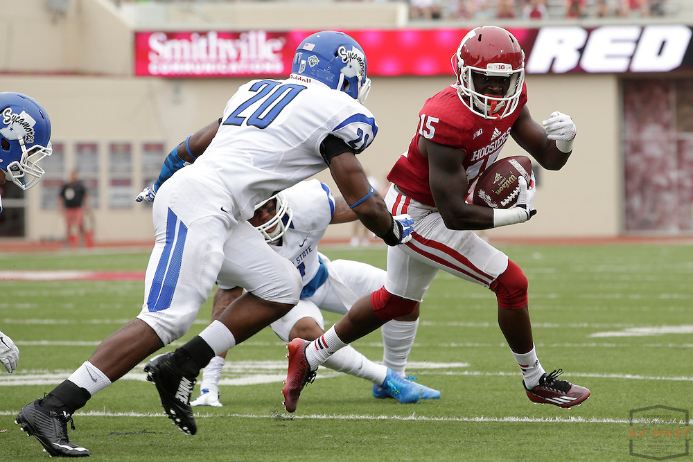 Indiana Hoosiers wide receiver Isaiah Roundtree (15) as the Indiana Hoosiers played the Indiana State Sycamores in a college football game in Bloomington, IN.