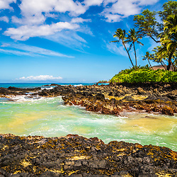 Maui Secret Beach Makena Cove Hawaii photo with Ahihi Bay. Also known as Wedding Beach and Pa'ako Beach, Secret Beach is a popular beach in Wailea Kihei Hawaii. Copyright ⓒ 2019 Paul Velgos with All Rights Reserved.