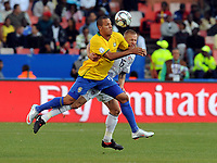 Fotball , 18. juni 2009<br /> v.l. Luis Fabiano , Jay DeMerit USA<br /> <br /> Fussball Confederations Cup 2009 in Suedafrika, USA - Brasil  0:3<br /> <br /> Norway only