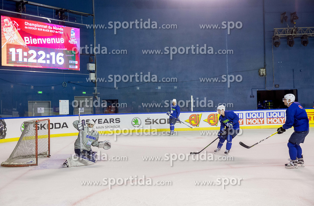 Matija Pintaric of Slovenia during practice session of Team Slovenia at the 2017 IIHF Men's World Championship, on May 8, 2017 in Accorhotels Arena in Paris, France. Photo by Vid Ponikvar / Sportida