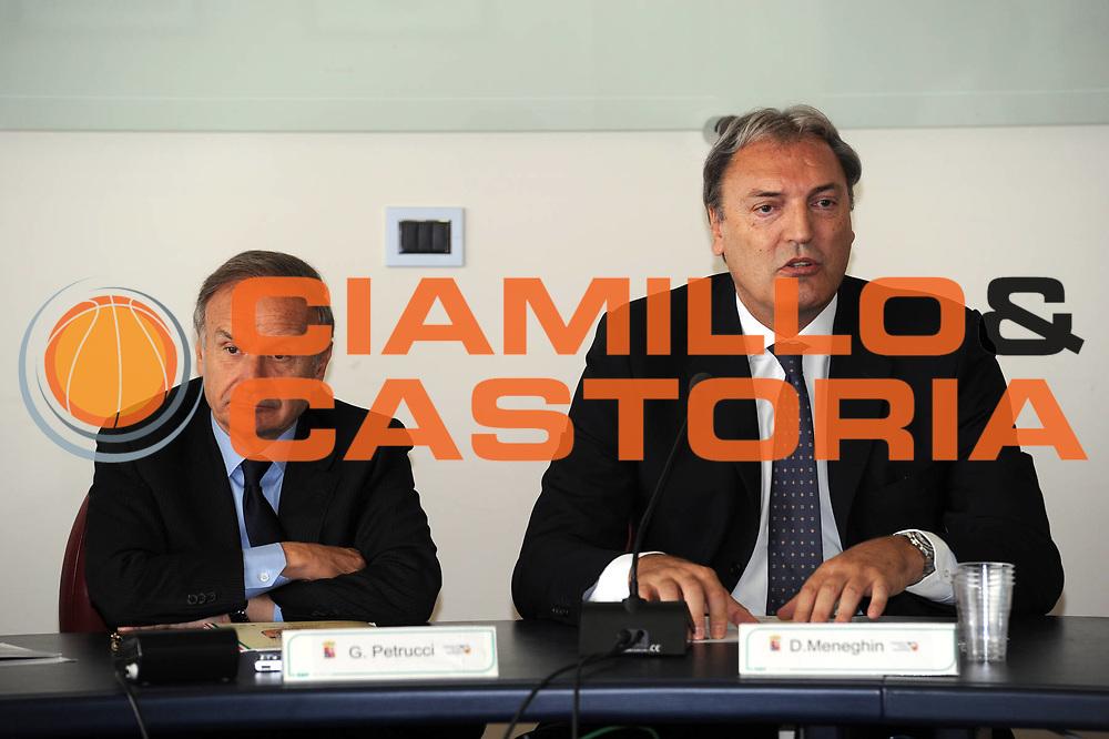 DESCRIZIONE : Roma Coni Conferenza Stampa Nazionale Italia Under 18 Maschile Basket On Board sulla portaerei Cavour<br /> GIOCATORE : Petrucci Meneghin<br /> CATEGORIA : curiosita ritratto<br /> SQUADRA : Fip <br /> EVENTO : Conferenza Stampa Nazionale Italia Under 18<br /> GARA : <br /> DATA : 09/07/2012 <br />  SPORT : Pallacanestro<br />  AUTORE : Agenzia Ciamillo-Castoria/GiulioCiamillo<br />  Galleria : FIP Nazionali 2012<br />  Fotonotizia : Roma Coni Conferenza Stampa Nazionale Italia Under 18 Maschile Basket On Board sulla portaerei Cavour<br />  Predefinita :