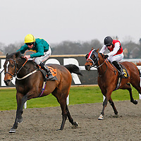 Rocky Elsom and Jim Crowley winning the 3.50 race