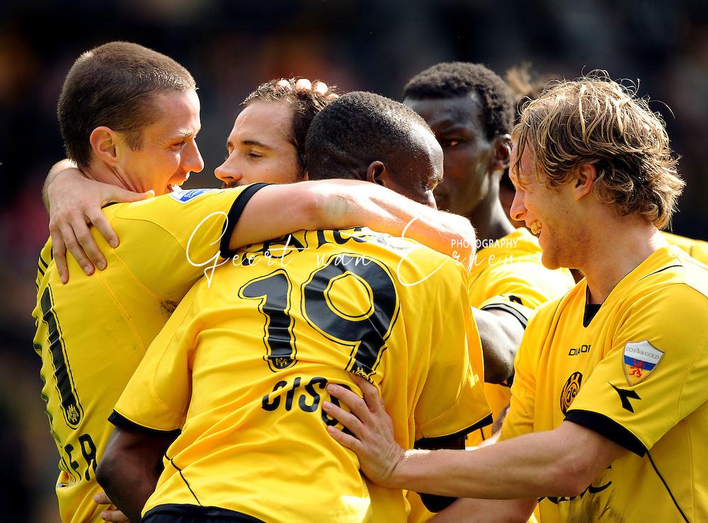 22-03-2009 Voetbal:Roda JC:Ado Den Haag:Kerkrade<br /> Andres Oper (L) wordt gefeliciteerd met zijn belangrijke doelpunt<br /> Foto: Geert van Erven