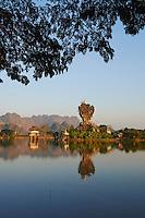 Myanmar (ex Birmanie), Etat Karen, Hpa-An, monastere de Kyauk Kalap// Myanmar (Burma), Karen state, Hpa An, Kyauk Kalap monastery