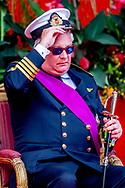 BRUSSEL tijdens de nationale feestdag De Belgische prins Laurent stapt naar de Raad van State van zijn land om beroep aan te tekenen tegen de beslissing om zijn toelage met 15 procent te verlagen.