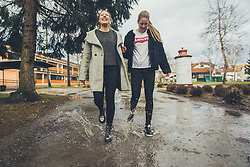 Iza in Lia Salehar, drzavni prvakinji v kategoriji dvojic v badmintonu, ki trenirata in zivita na Danskem, Slovenci v tujini, Kocevje, 1.2.2018, Slovenia. Photo by Grega Valancic / Sportida