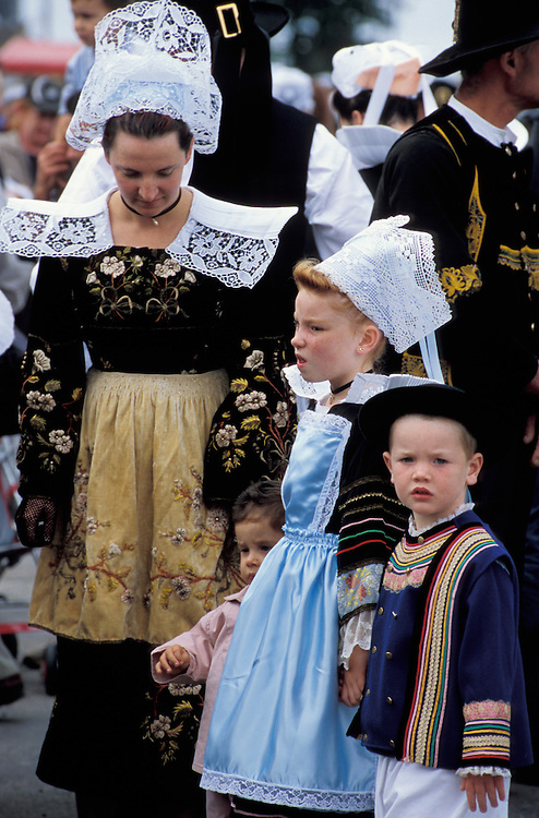 Parade,Festival des Filets Bleus,Concarneau,Brittany,France