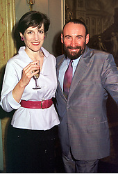 Actress HARRIET WALTER and actor ANTONY SHER, at <br /> a party in London on 27th April 2000.ODC 12