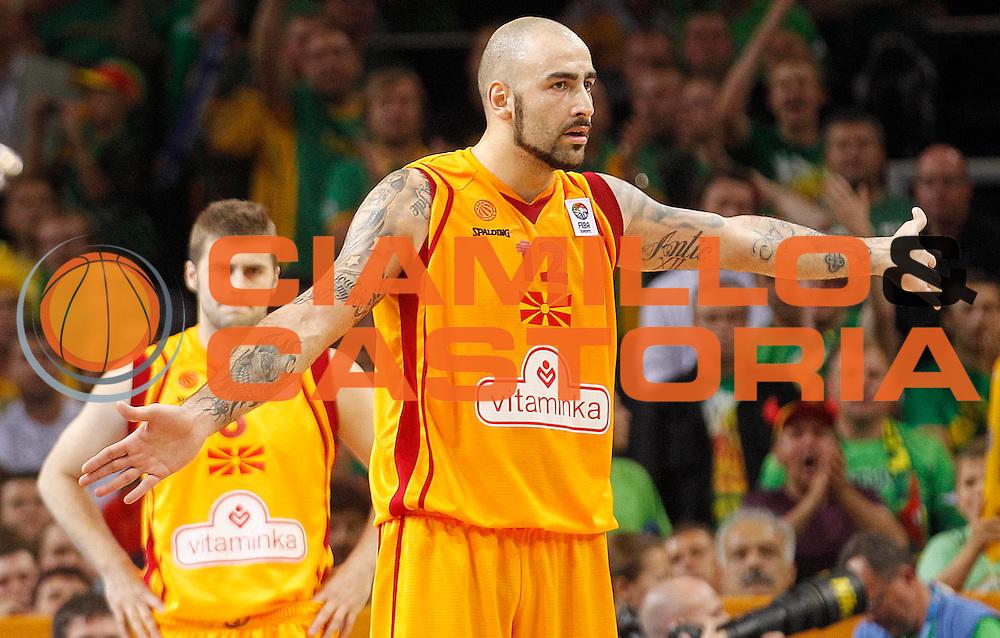 DESCRIZIONE : Vilnius Lithuania Lituania Eurobasket Men 2011 Quarter Final Round Macedonia Lituania F.Y.R. of Macedonia Lithuania<br /> GIOCATORE : Pero Antic<br /> SQUADRA : Macedonia F.Y.R. of Macedonia<br /> EVENTO : Eurobasket Men 2011<br /> GARA : Macedonia Lituania F.Y.R. of Macedonia Lithuania<br /> DATA : 14/09/2011 <br /> CATEGORIA : ritratto delusione disappintment<br /> SPORT : Pallacanestro <br /> AUTORE : Agenzia Ciamillo-Castoria/L.Kulbis<br /> Galleria : Eurobasket Men 2011 <br /> Fotonotizia : Vilnius Lithuania Lituania Eurobasket Men 2011 Quarter Final Round Macedonia Lituania F.Y.R. of Macedonia Lithuania<br /> Predefinita :