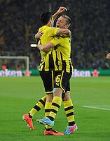 FUSSBALL  CHAMPIONS LEAGUE  HALBFINALE  HINSPIEL  2012/2013      Borussia Dortmund - Real Madrid              24.04.2013 Robert Lewandowski (li) bejubelt mit Jakub KUBA Blaszczykowski (re, beide Borussia Dortmund)