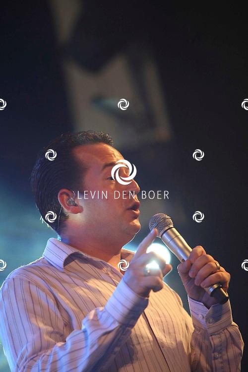 ALEM - Stef Ekkel tijdens de Hollandse middag op Alempop. FOTO LEVIN DEN BOER - PERSFOTO.NU
