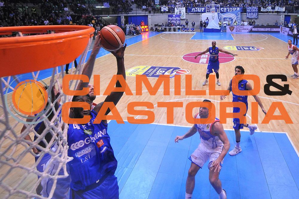 Dario Hunt<br /> Red October Cantu - Germani Leonessa Basket Brescia<br /> LegaBasket Serie A 2017/2018<br /> Desio, 04/12/2017<br /> Foto M.Ceretti / Ciamillo - Castoria