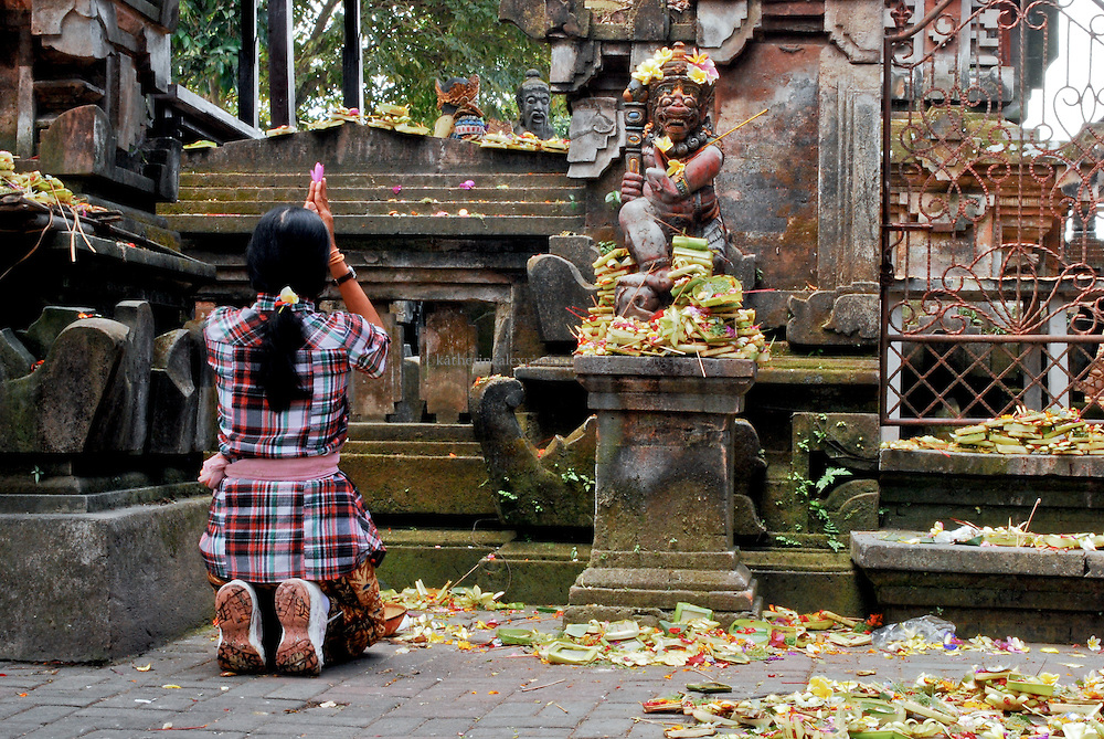 Image result for Offering kneeling bali