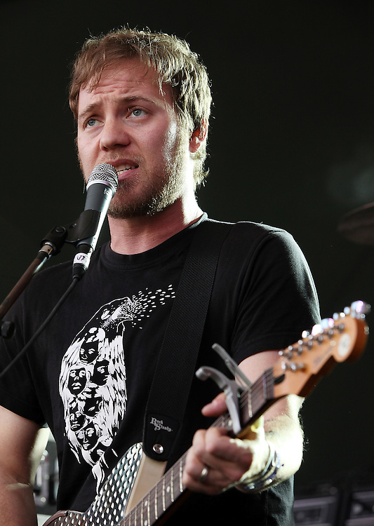 AUSTIN, TX - MARCH 19:  Zach Rogue of Rogue Wave performs onstage as part of the SPIN Magazine Party at Stubbs-B-B-Q as part of SXSW 2010 on March 19, 2010 in Austin, Texas.  (Photo by Roger Kisby/Getty Images)