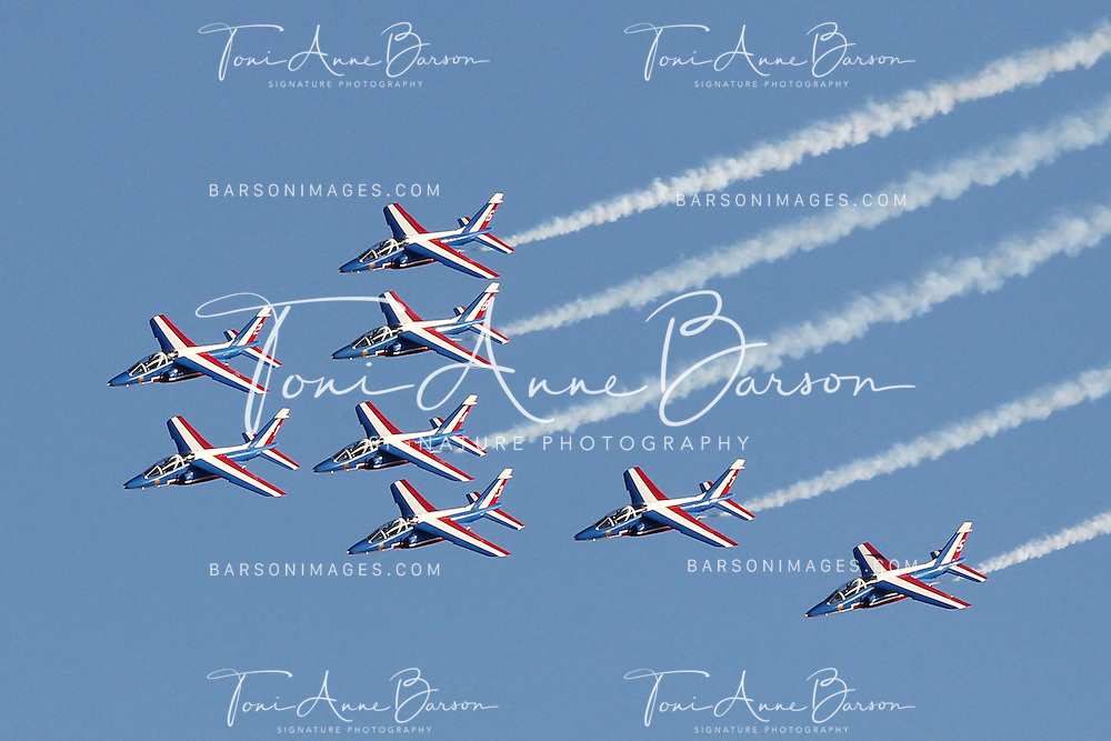 "SAINTE-MAXIME, FRANCE - OCTOBER 09:  The French Air Force ""Patrouille de France""  flies over  the Beach during the Free Flight World Masters Airshow on October 9, 2011 in Sainte-Maxime, France.  (Photo by Tony Barson/Getty Images)"