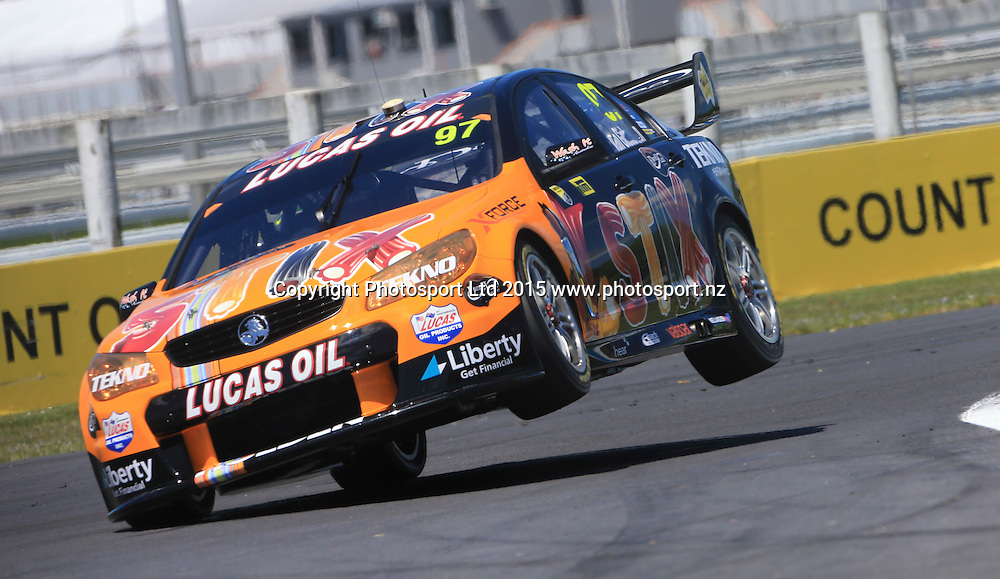 Shane van Gisbergen in action. V8 Supercars, Pukekohe, Auckland, New Zealand. Saturday, 07 November 2015. Copyright photo: John Cowpland / www.photosport.nz