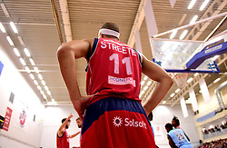 Greg Streete of Bristol Flyers  - Photo mandatory by-line: Joe Meredith/JMP - 18/11/2016 - BASKETBALL - SGS Wise Arena - Bristol, England - Bristol Flyers v Surrey Scorchers - British Basketball League