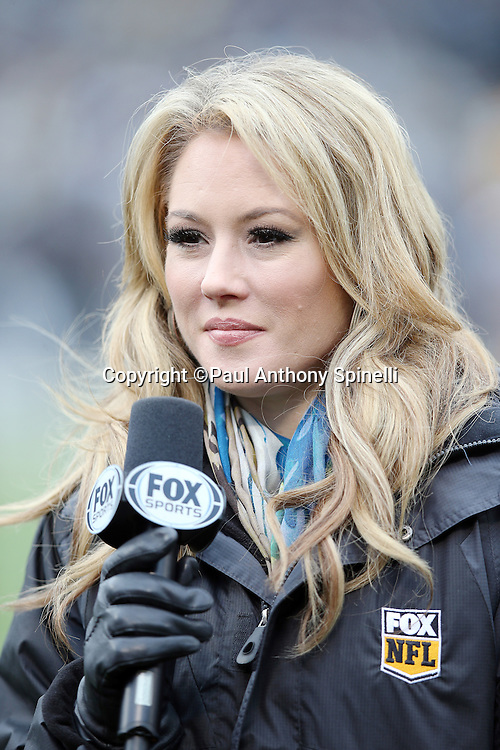 NFL on FOX sideline reporter Jennifer Hale does a sideline report during the Oakland Raiders 2015 week 15 regular season NFL football game against the Green Bay Packers on Sunday, Dec. 20, 2015 in Oakland, Calif. The Packers won the game 30-20. (©Paul Anthony Spinelli)