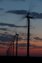 Wind power, Wind Turbines, Sustainable Energy, Renewable energy, Power generation, Low-loss power transmission