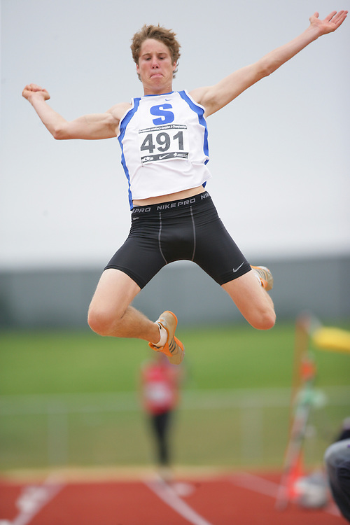 (Charlottetown, Prince Edward Island -- 20090718) Derek Drouin of Sarnia Athletics Southwes competes in the long jump final at the 2009 Canadian Junior Track & Field Championships at UPEI Alumni Canada Games Place on the campus of the University of Prince Edward Island, July 17-19, 2009.  Geoff Robins / Mundo Sport Images ..Mundo Sport Images has been contracted by Athletics Canada to provide images to the media.