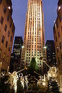 New York. Rockfeller center and plaza lighting for christmas New York - United States  / illuminations de noel sur le  rockfeller center  plaza  New York - Etats Unis