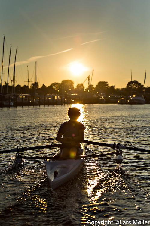 DK:<br /> 20150930, Hvidovre, Danmark:<br /> Ungdomstr&aelig;ning i Hvidovre Roklub<br /> Foto: Lars M&oslash;ller<br /> UK: <br /> 20150930, Hvidovre, Denmark:<br /> Youth training in Hvidovre Rowing Club<br /> Photo: Lars Moeller