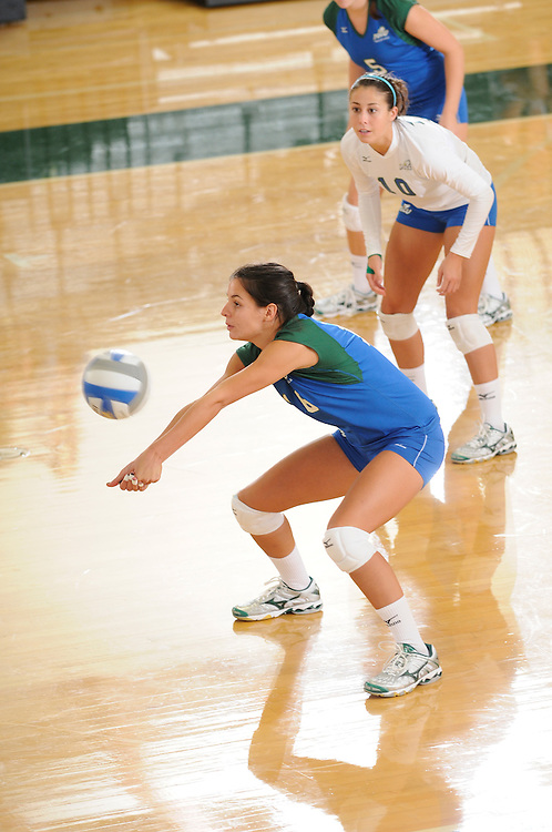 2009 Florida Gulf Coast University Volleyball vs Prairie View A&M