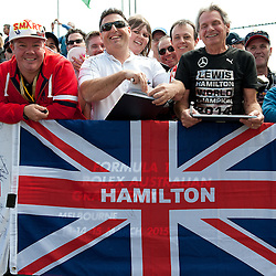 Lewis Hamilton fans waitng.<br /> Round 1 - opening day of the 2015 Formula 1 Rolex Australian Grand Prix at The circuit of Albert Park, Melbourne, Victoria on the 12th March 2015.<br /> Wayne Neal | SportPix.org.uk
