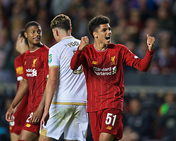 MILTON KEYNES, ENGLAND - Wednesday, September 25, 2019: Liverpool's Ki-Jana Hoever celebrates scoring the second goal during the Football League Cup 3rd Round match between MK Dons FC and Liverpool FC at Stadium MK. (Pic by David Rawcliffe/Propaganda)
