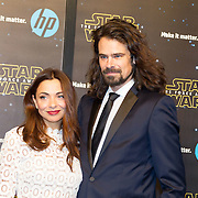 NLD/Amsterdam/20151215 - première van STAR WARS: The Force Awakens!, Georgina Verbaan en Ralph Nauta