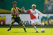 28-09-2008: VOETBAL: ADO DEN HAAG - FC UTRECHT: DEN HAAG: Eredivisie: wedstrijd eindigt in een bloedeloze 0-0: Mihai Nesu (r) en Fabio Caracciolo (l): foto: Orangepictures / Joep Leenen