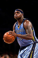 06 November 2009: Forward Zach Randolph of the Memphis Grizzles shoots a freethrow against the Los Angeles Lakers during the first half of the Lakers 114-98 victory over the Grizzles at the STAPLES Center in Los Angeles, CA.