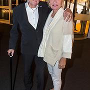 NLD/Katwijk/20171030 - 7 jaar Soldaat van Oranje - De Musical, Edwin de Vries en partner Monique van de Ven