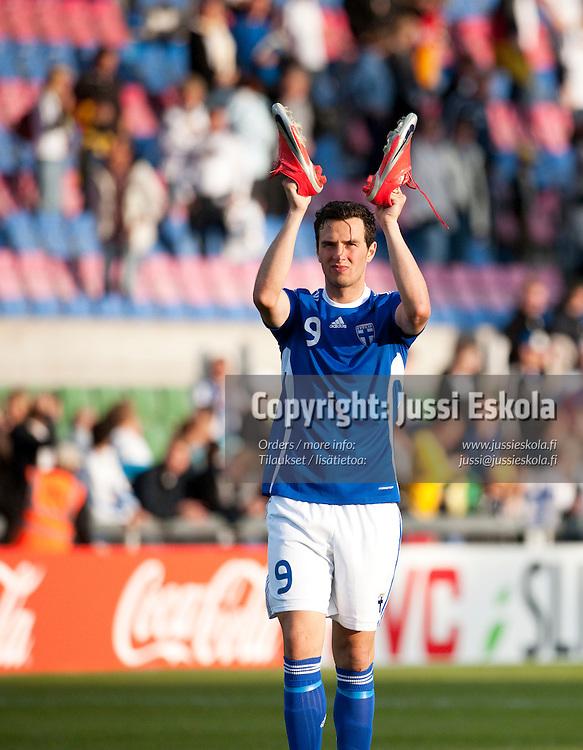Berat Sadik. Saksa - Suomi. Alle 21-vuotiaiden EM-turnaus. Halmstad, Ruotsi 18.6.2009. Photo: Jussi Eskola