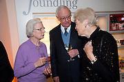 MAVIS WALKER; PATRICK WALKER; DAME GILLIAN WAGNER,  Founding Fellows 2010 Award Ceremony. Foundling Museum on Monday  8 March